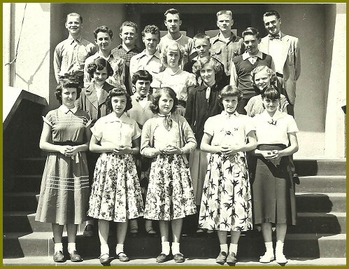Grade Eight Class (1953-54 Mr Kurz))